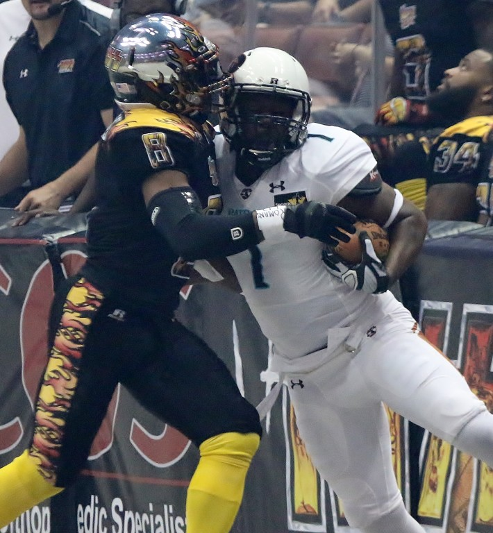 Once again Arizona proves to be too much for Clevan Thomas and the LA Kiss to handle. (Photo by Duane Barker)