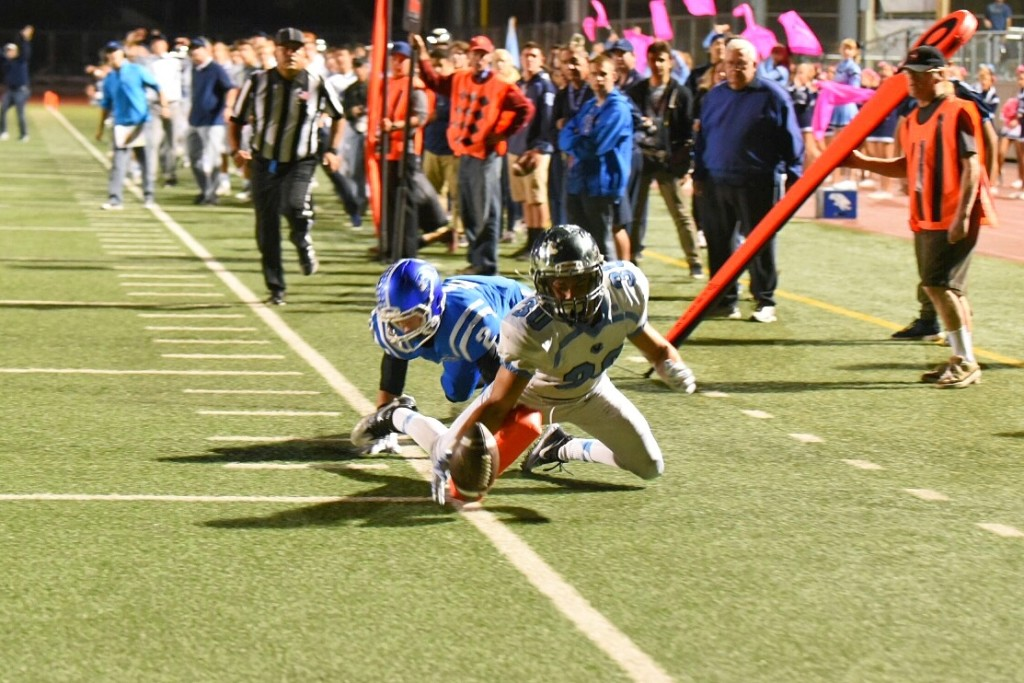 CV scored early, scrambled late, and took the prize. (Photo by Phil Sutphin)