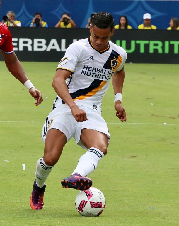 Ariel Lassiter got the start for the Galaxy.