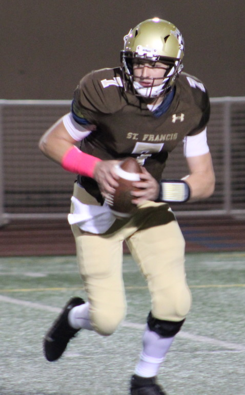 Michael Bonds 80-yard touchdown pass in the fourth quarter was the difference for St. Francis