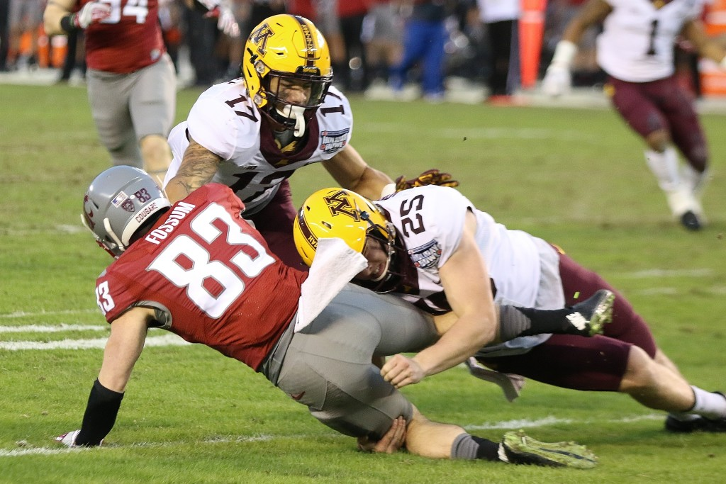 The Golden Gopher defense shut down the Cougar offense in the Holiday Bowl!