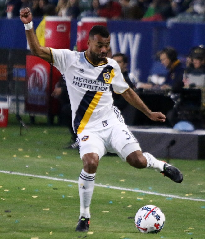 Ashley Cole had a solid defensive effort for LA. (Photo by (Duane Barker.)